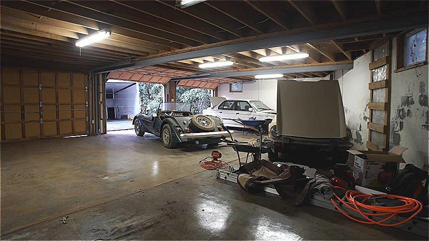 видео эвакуации машины в