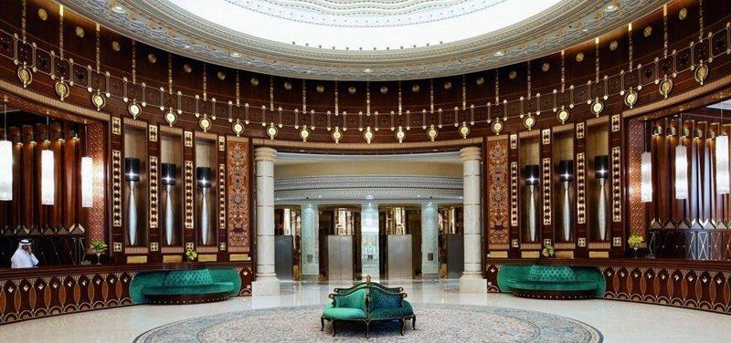 2. Тюрьмой для саудовских принцев и чиновников, обвиняемых в коррупции, стал 5-ти звездочный отель Ritz-Carlton Тюрьма, авторитеты, вип-камера, жизнь, интересно, фото