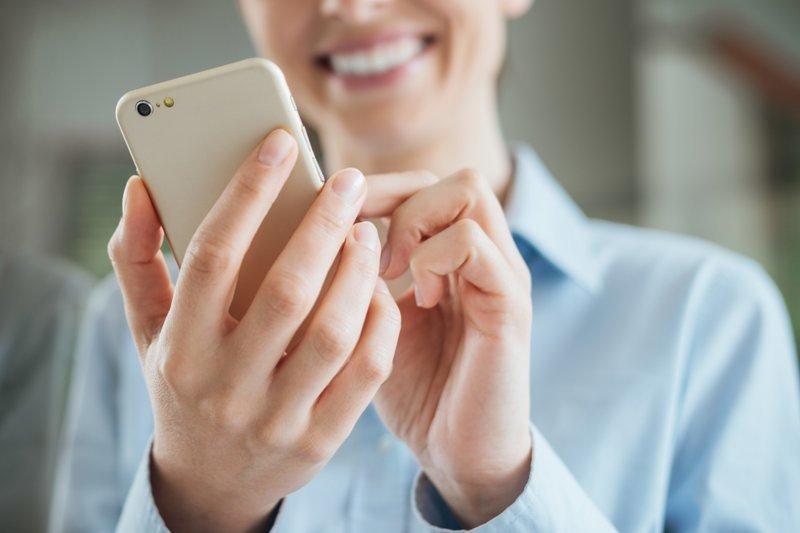 4. Очистка белых смартфонов дом, мужчины, секреты, советы, уборка, хозяйство