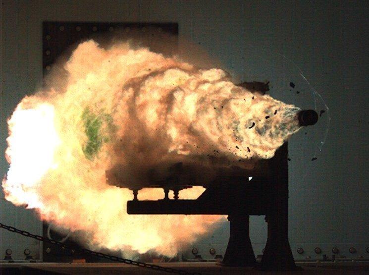 Рельсотрон (RailGun) — электромагнитная пушка будущего взрыв, военное, выстрел, красота, ужас