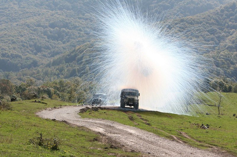 Взрыв дымовой гранаты взрыв, военное, выстрел, красота, ужас