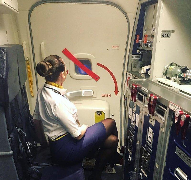 Ryanair, Ирландия авиакомпании, авиакомпании мира, женщины, красивые стюардессы, самолёты, стюардесса, стюардессы