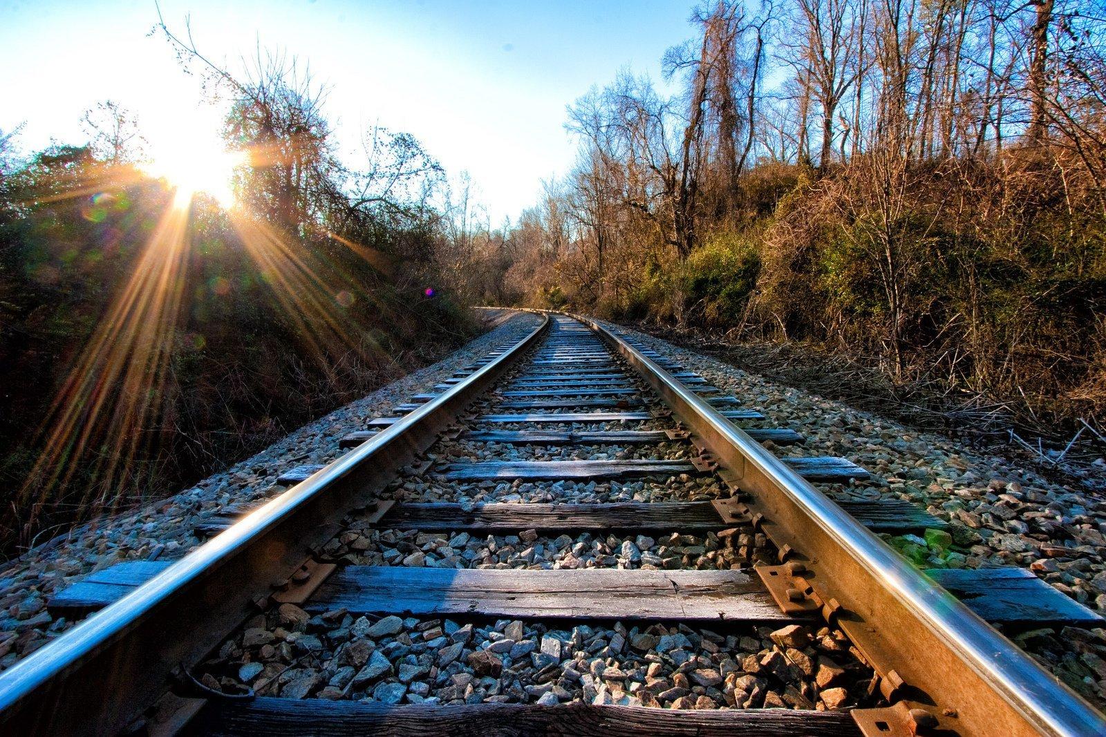 качественные фото железной дороги будет предложен