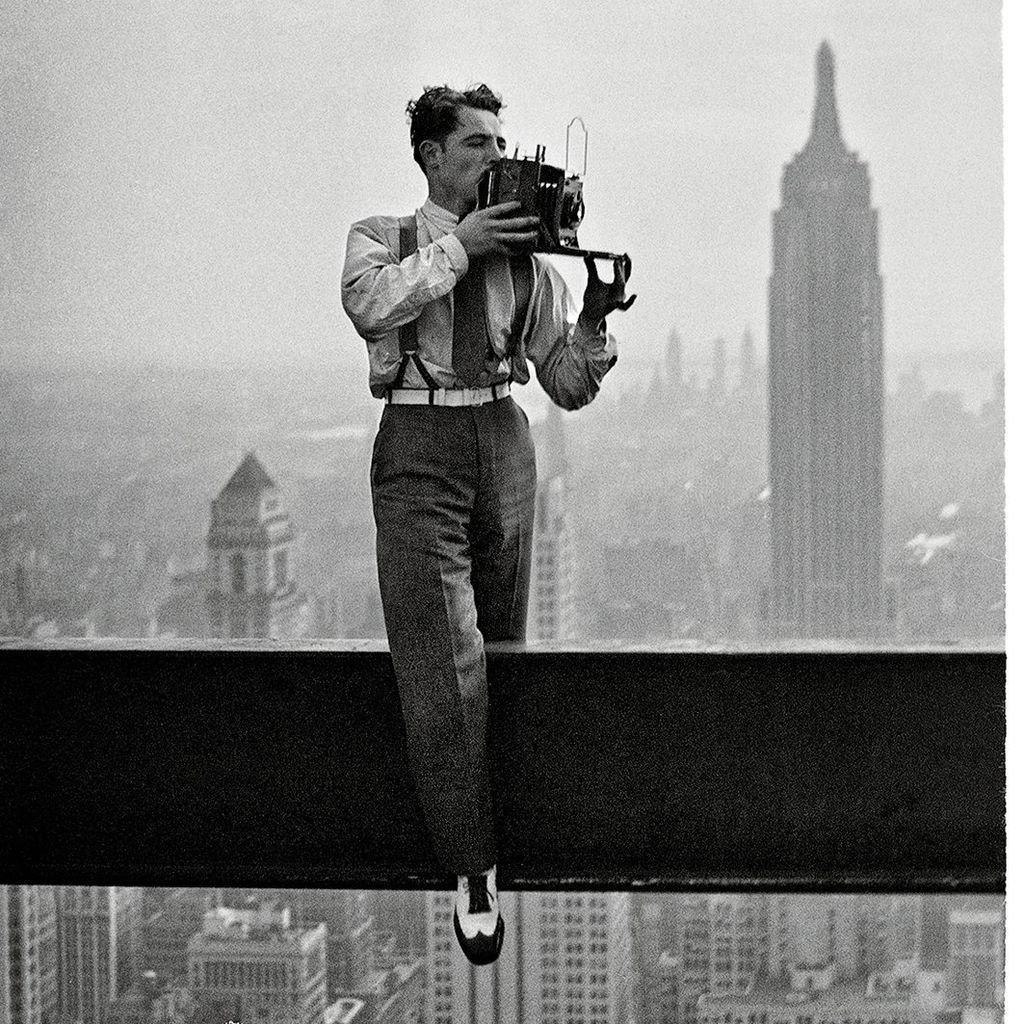 пузырьки фотография мужчина на балке фото волшебном