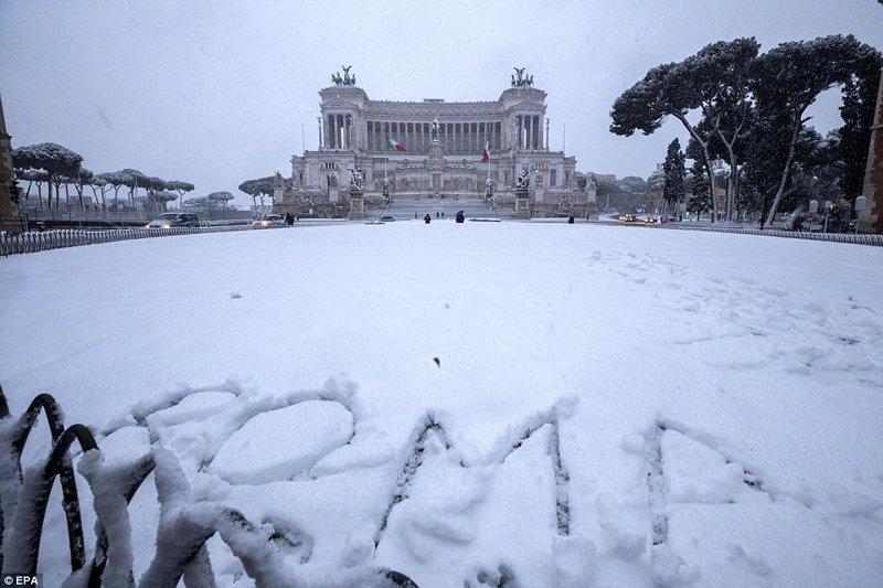 """Фоторепортаж: страны Европы и циклон """"Чудовище с Востока"""" Ницца, амстердам, европа, италия, рим, снег, снегопад, фоторепортаж"""
