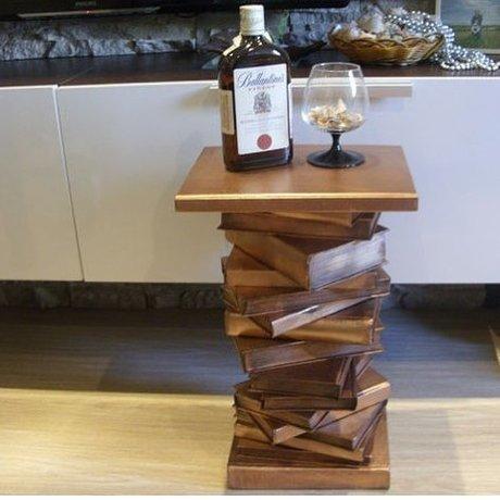 Из ненужных книг можно соорудить столик вместо свалки, вторая жизнь, вторая жизнь вещей, креатив, отличная идея, повторное использование