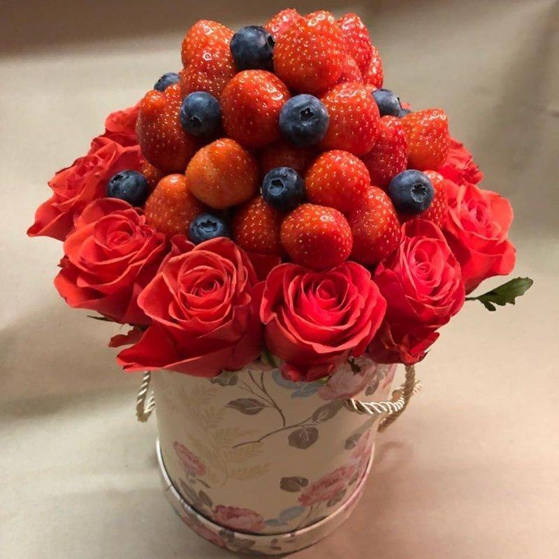 И не забудьте купить цветы - без них и праздник не праздник! 8 марта, Идеи для подарка, девушки, подарки, подарок для любимой, праздник