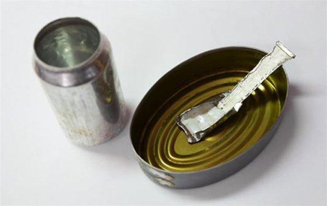 Посуда и столовый прибор - все из металлической тары Тюрьма, заключенные, зона, очумельцы, тюремные поделки