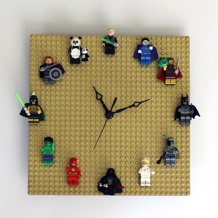 10. Оригинальные часы интересно, на все руки мастер, поделки, рукоделие, своими руками, старые игрушки, фото