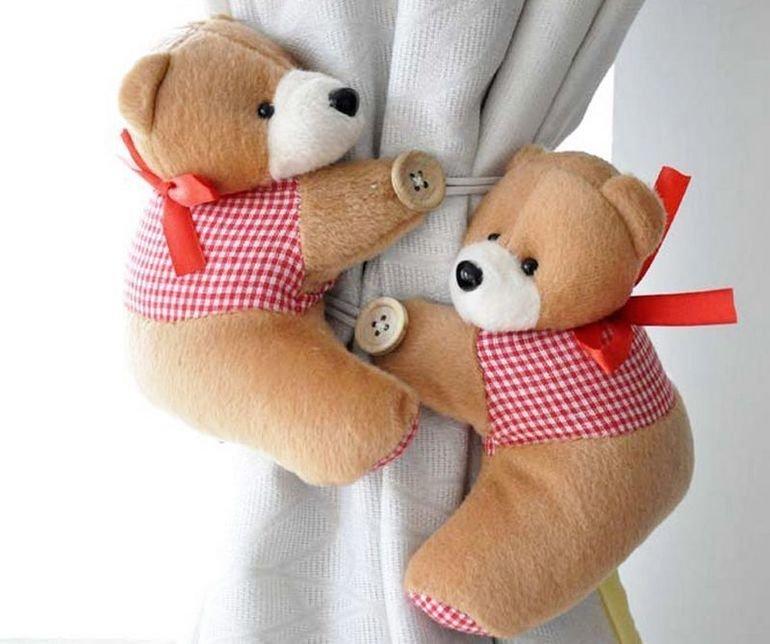 8. Стильные держатели для штор в детскую интересно, на все руки мастер, поделки, рукоделие, своими руками, старые игрушки, фото