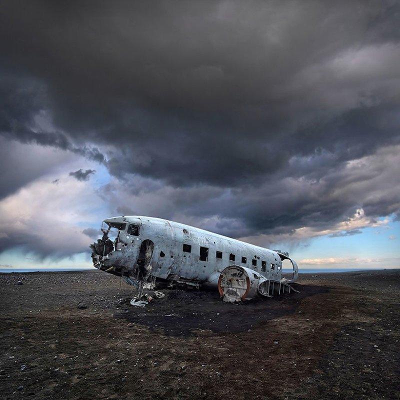 Под темными небесами завораживающе, исландия, красота, пейзажи, путешествия, фото, фотоотчет, фоторепортаж