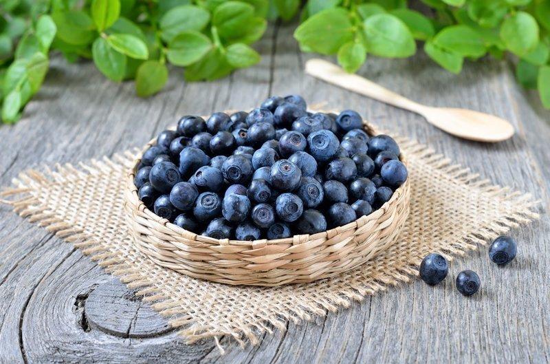 2. Черника Пищевые добавки, вредная еда, здоровые, обман, трансжиры, шоколад