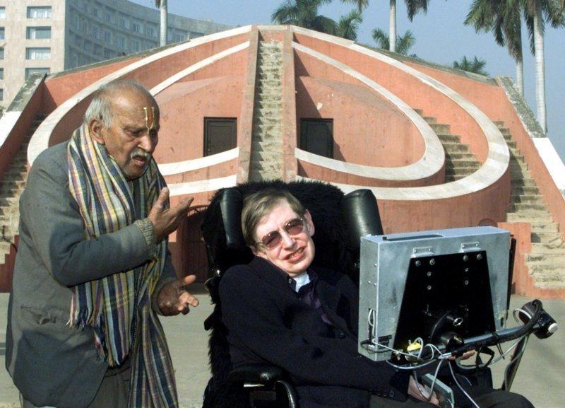 Вселенная Стивена Хокинга: жизнь выдающегося ученого в фотографиях Хокинг, время, вселенная, наука, память, черные дыры