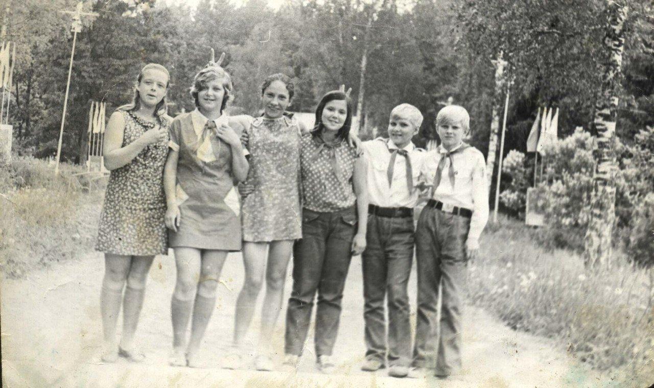 Рассказы секс в пеонер лагере, Пионерский лагерь - эротические рассказы 17 фотография