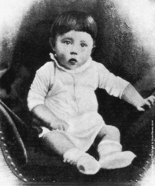 фото детские адольф гитлер