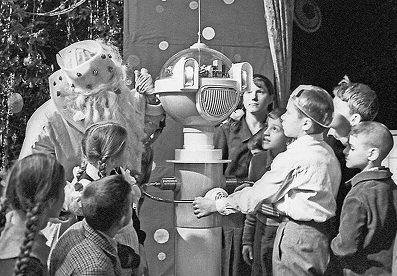 """Новогоднее представление с дедом Морозом. Футуризм еще без приставки """"ретро"""". 1964 год. СССР, детство, фотографии"""
