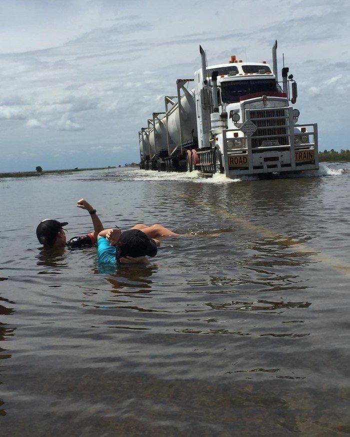 Затопленная дорога Затопленная, австралия, дорога