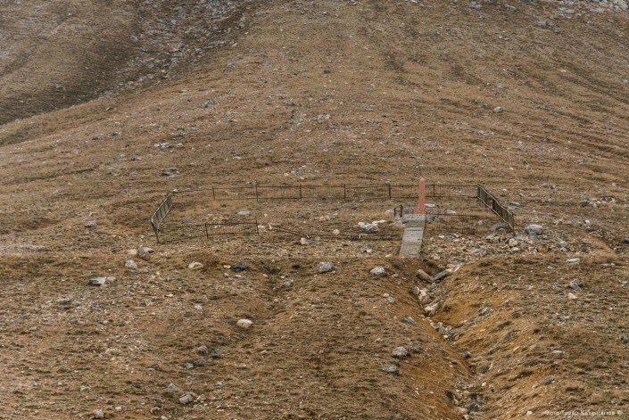 Могилы, где, якобы, захоронены японские военнопленные. жизнь, за гранью, казахстан., ситуация, факт