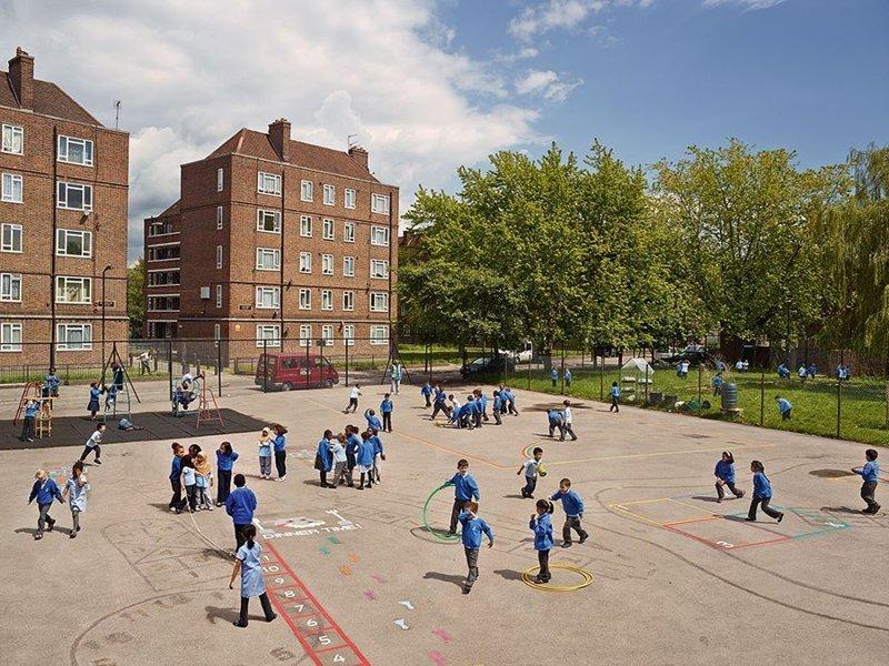 Seabright Primary School, Лондон, Англия дети, игровые площадки, мир, путешествия, страны