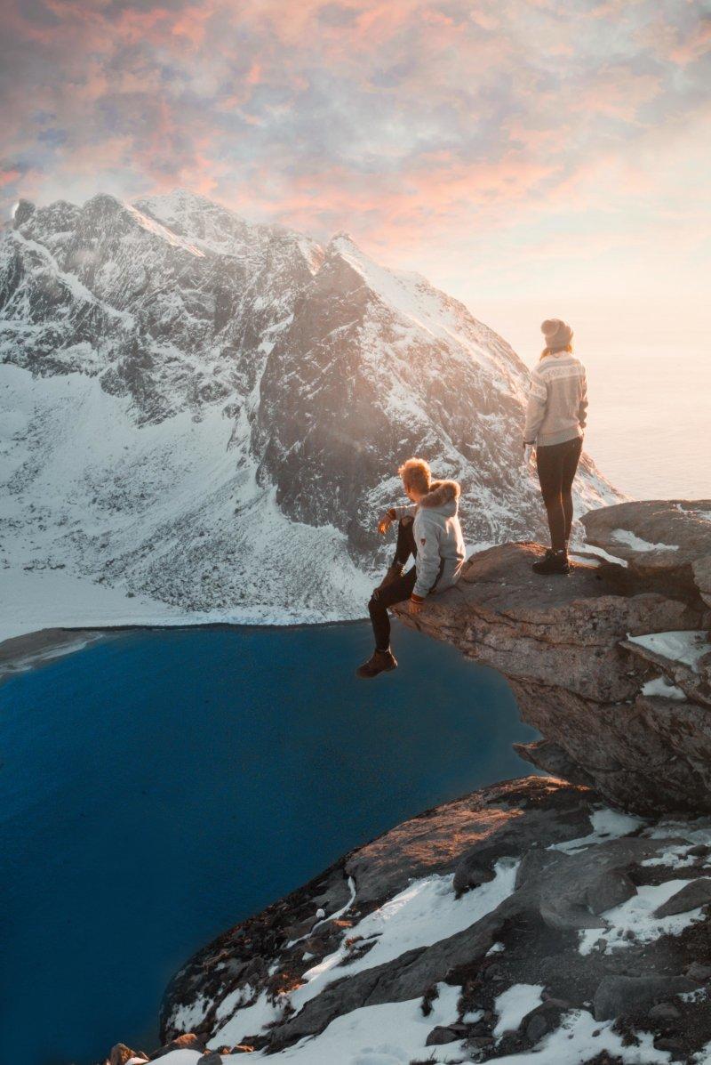 Пара в Норвегии день, животные, кадр, люди, мир, снимок, фото, фотоподборка