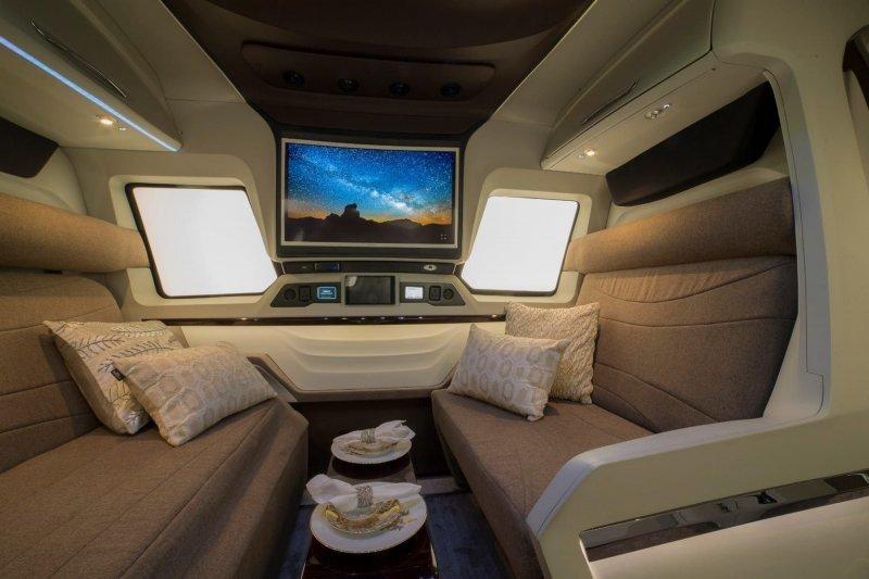 Finetza - роскошный  дом на колесах от индийской компании Pinnacle авто, автомобили, дом на колесах, кемпер, микроавтобус, офис на колесах