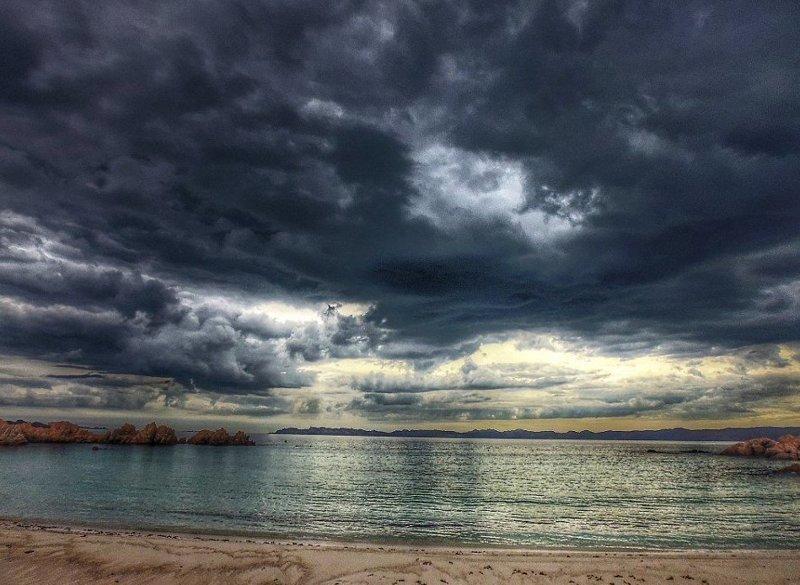 Итальянец бесплатно трудится на острове  Буделли, Моранди, жизнь, италия, мир, остров, отшельник, фотография