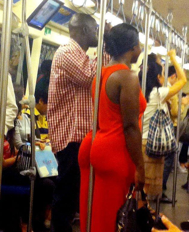24. Кардашьян, держись! курьез, метро, странные люди, флеш моб, фрики, юмор