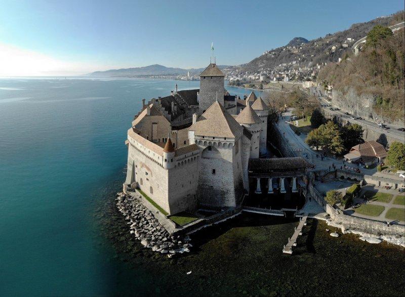 Шильонский замок, Швейцария день, животные, кадр, люди, мир, снимок, фото, фотоподборка