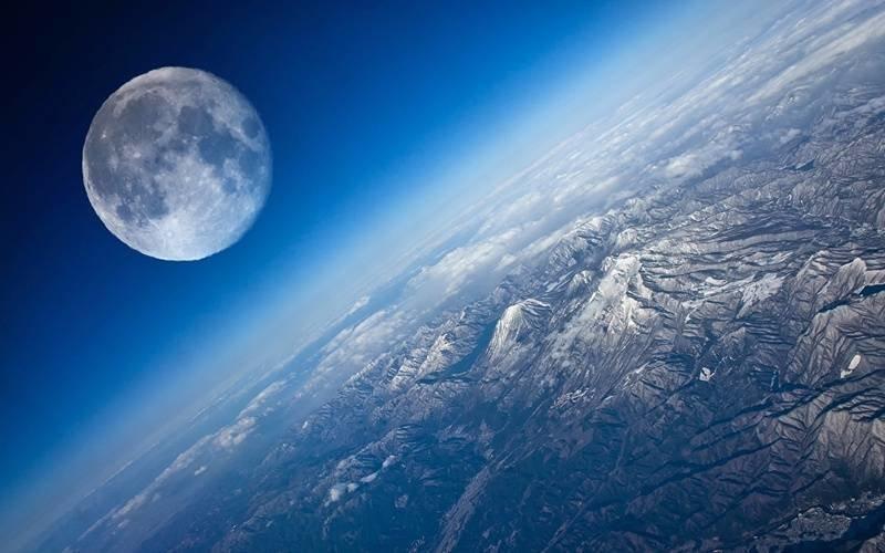 Вашингтон заявил о владениях на Луне ~~~[мат]~~~, луна, рен тв, сша