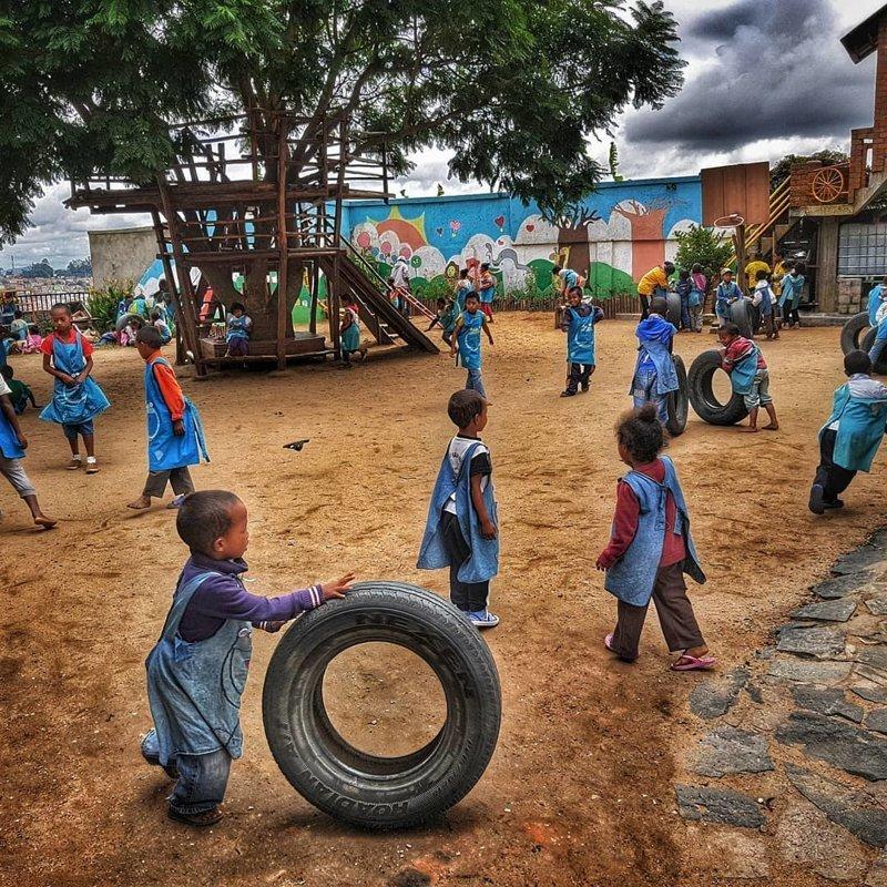 Образовательные учреждения слабо финансируются Антананариву, африка, беднейшие страны, города Мадагаскара, мадагаскар, путешествие, столица Мадагаскара, столицы
