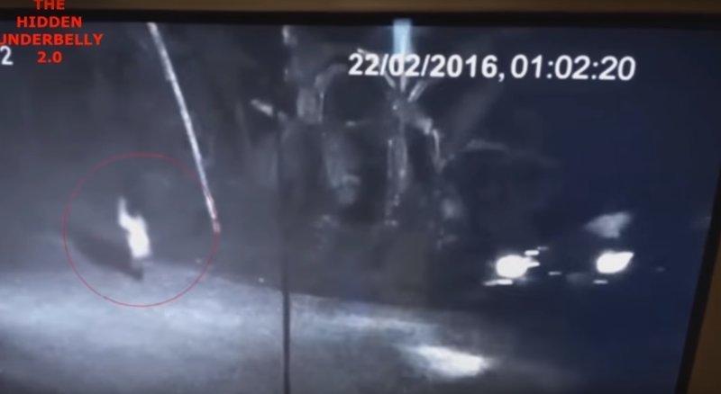 В сети появилось видео: призрак нападает на человека ynews, видео, мотоцикл, нападение, нечесть, призрак, ужас