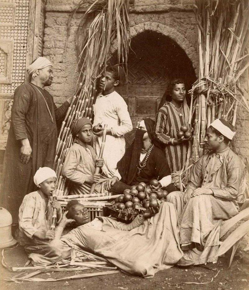 4. Продавцы на базаре  братья Зангаки, египет, интересно, история, фото
