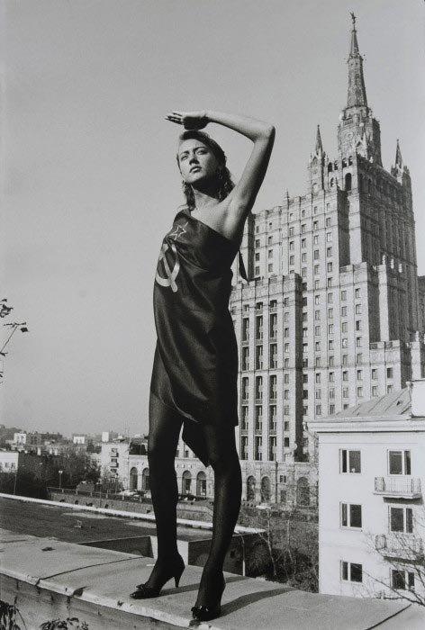 Одна из самых известных работ Борисова, которая стала настоящим символом перестройки, 1987 год звезды, знаменитости, люди, музыканты, певцы, фотограф