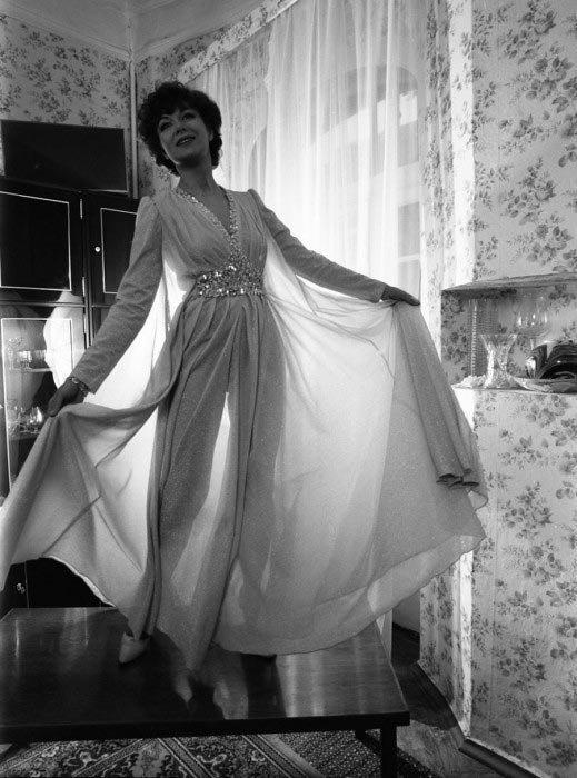 Эдита Пьеха, 1982 год звезды, знаменитости, люди, музыканты, певцы, фотограф