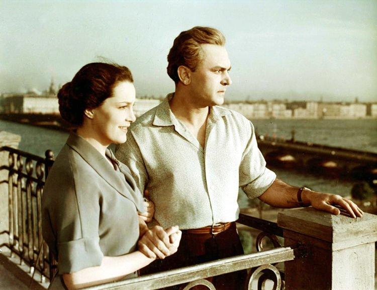 Неоконченная повесть  актриса, кино, народная артистка СССР