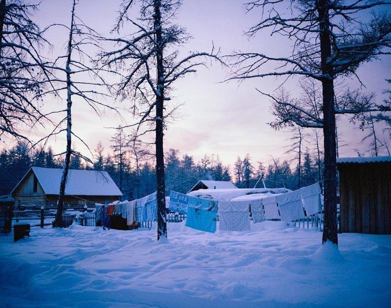 Магарас, Якутия, декабрь 2004 полярные ночи, русский север, саймон робертс, фотография