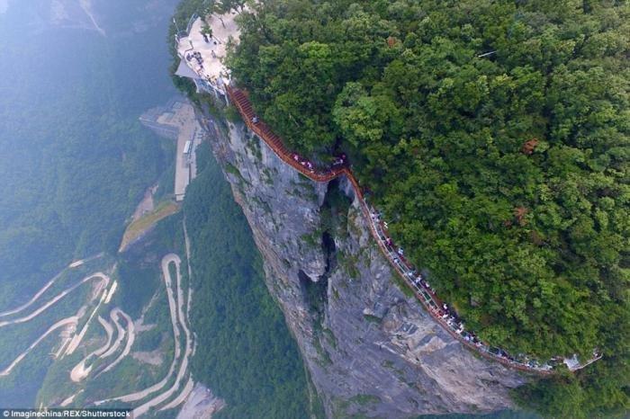 Стеклянный мост над бездной, который не каждый отважится перейти китай, мост, путешествия, туризм
