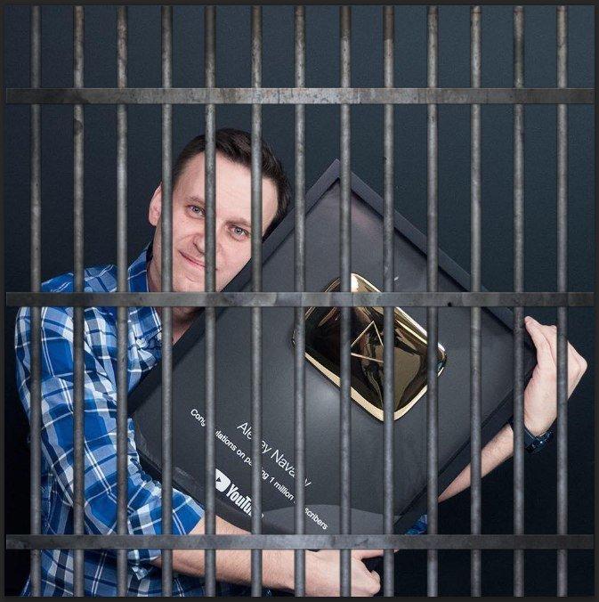 План дня: получить золотую кнопку и стать героем фотожаб ynews, youtube, Лентач, навальный, смешно, фотожабы, юмор