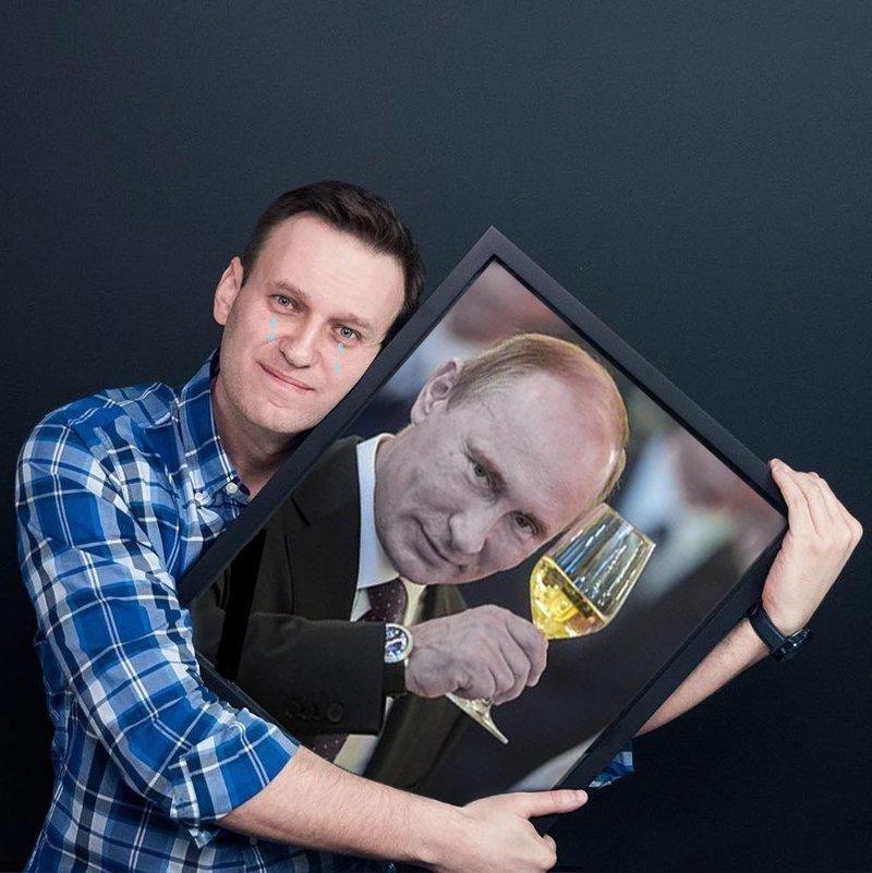 А вот эти картинки Алексей к себе на страницу не поместил - исправим его оплошность ynews, youtube, Лентач, навальный, смешно, фотожабы, юмор