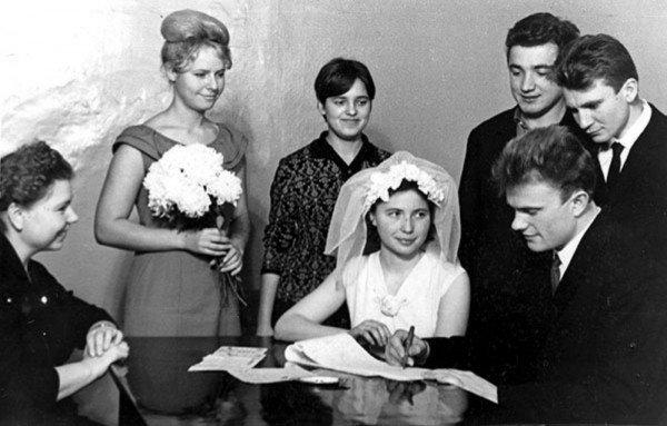 Геннадий Зюганов и Надежда Амеличева, 1967 актеры, звезды, знаменитости, политики, свадьба, эстрада