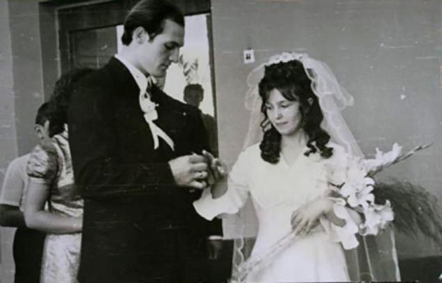 Александр Лукашенко и Галина Желнерович, 1975 актеры, звезды, знаменитости, политики, свадьба, эстрада
