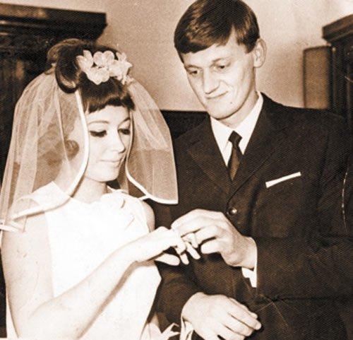 Алла Пугачева и Миколас Орбакас, 1969 актеры, звезды, знаменитости, политики, свадьба, эстрада