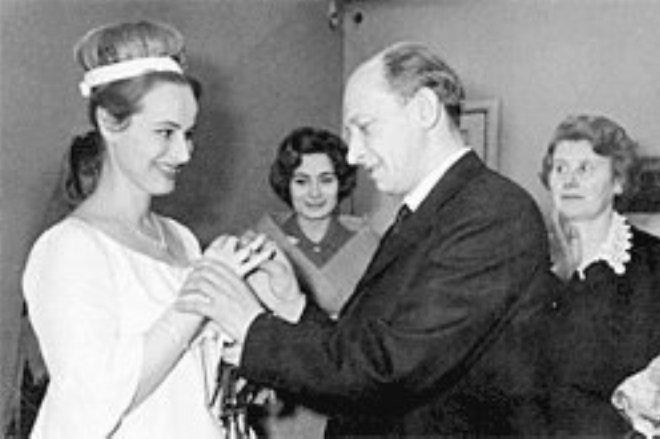 Евгений Евстигнеев и Лилия Журкина, 1966 актеры, звезды, знаменитости, политики, свадьба, эстрада