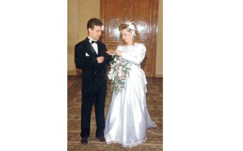 Дмитрий Медведев и Светлана Линник, 1993 актеры, звезды, знаменитости, политики, свадьба, эстрада