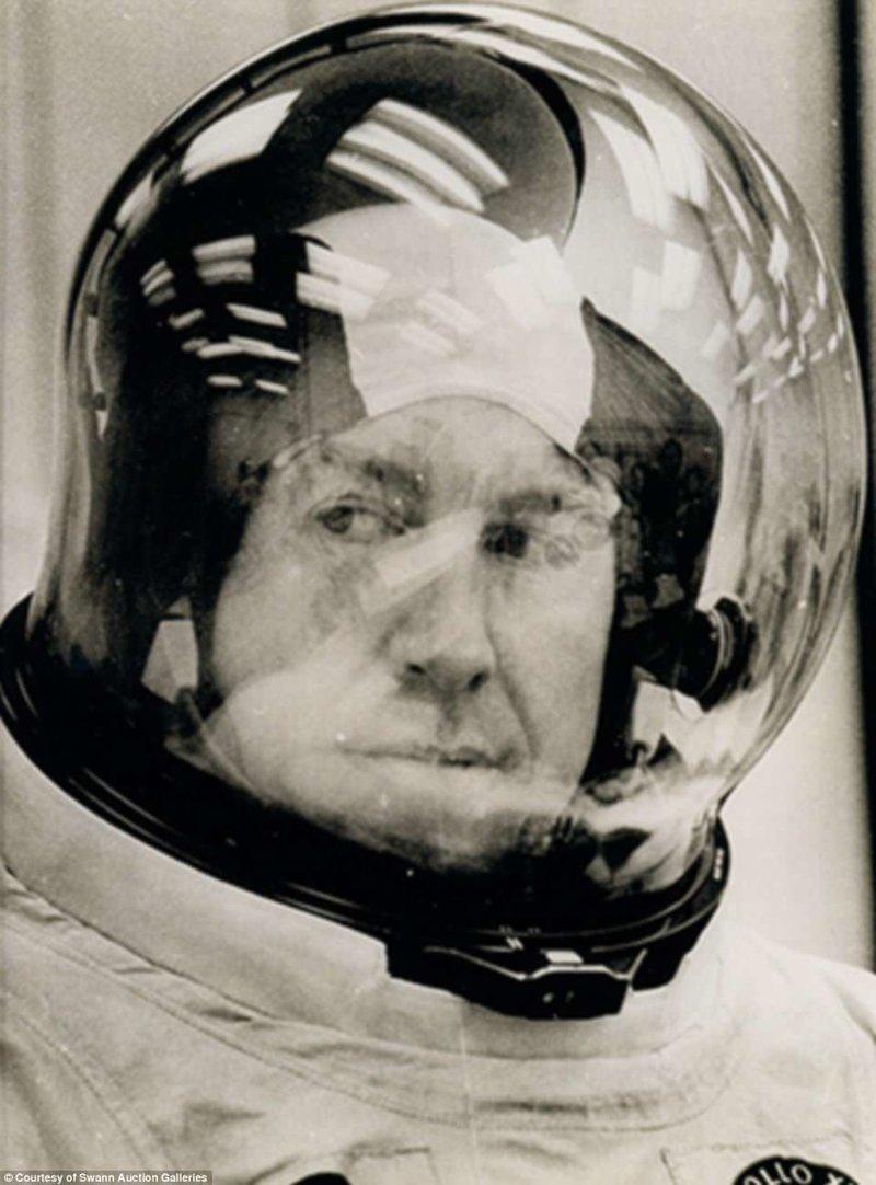 "Командир полёта Джим Ловелл перед запуском ""Аполлона-13"" Apollo, gemini, nasa, Программа Меркурий, космические запуски, космические миссии, космос, фотоархив"