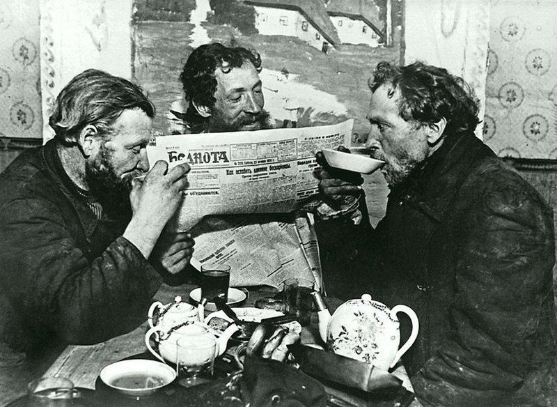 «Чаепитие в Раменском». Дата съемки: 1928 год. Автор: Борис Игнатович ретро, россия, черно-белая фотография