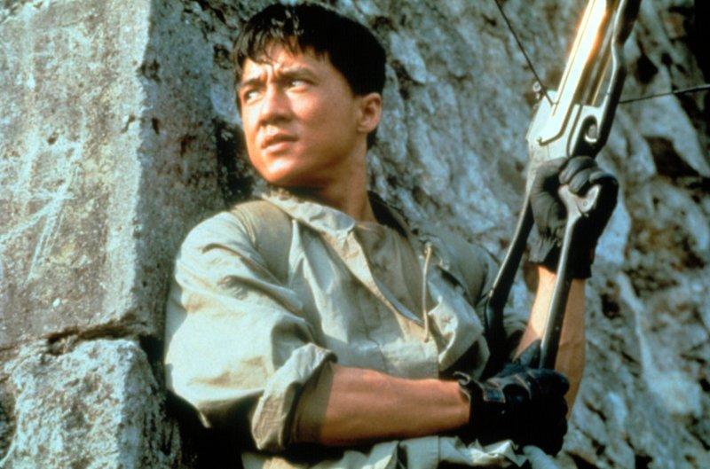Джеки Чан — перфекционист. Ему принадлежит неофициальный рекорд Голливуда — 2900 дублей одного кадра. Ну, за производителей пленки! актер, день рождение, джеки чан, кино, любимый актер, талантище