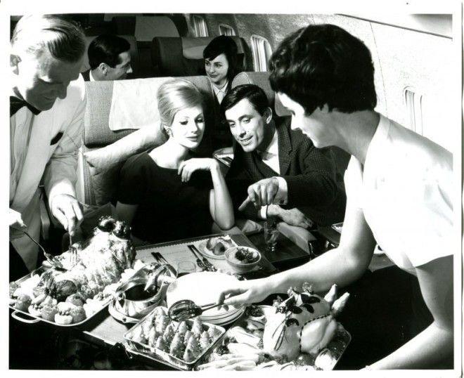 А это обед от British Airways в 60-е Шикарно, богатство, охренели, перелёт, роскошь, самолёт, фото
