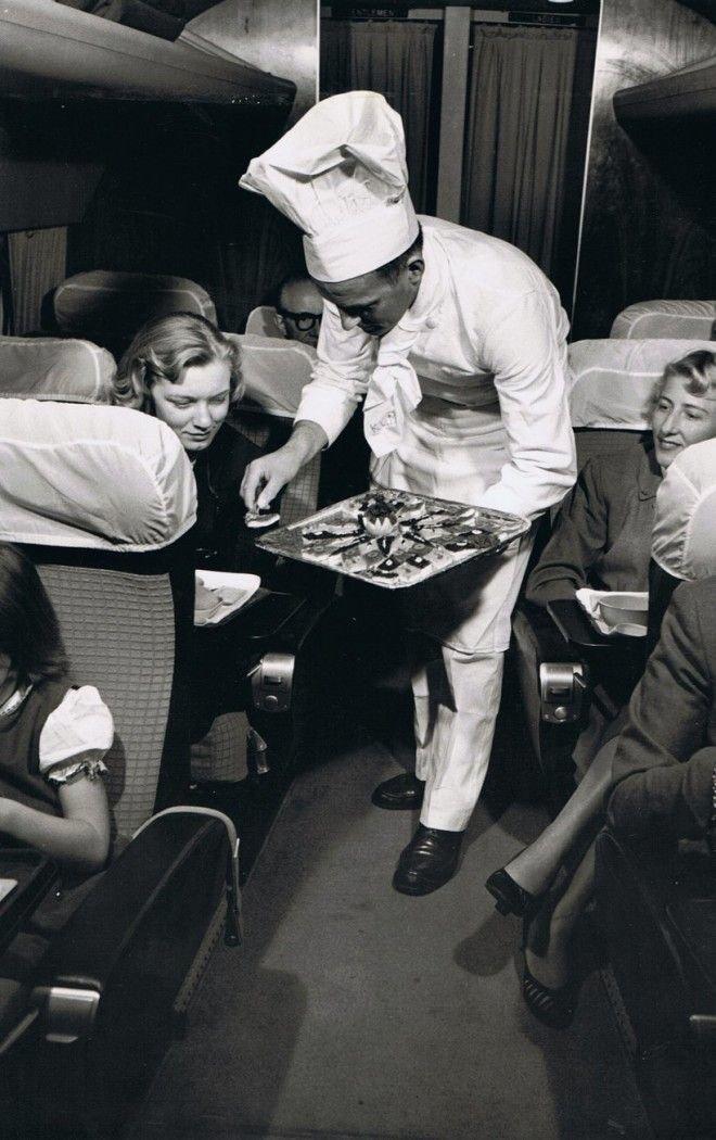 Еда в самолете была свежей в 1958 году и доставлялась лично шеф-поваром Шикарно, богатство, охренели, перелёт, роскошь, самолёт, фото