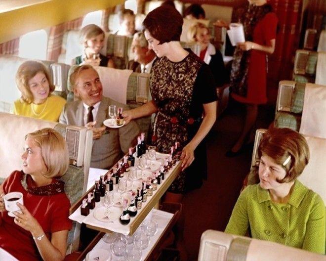А вот места для сидения в Delta с 1959 года определенно стало меньше Шикарно, богатство, охренели, перелёт, роскошь, самолёт, фото